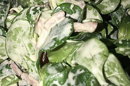 Feldsalat mit Sahne-Speck-Sauce 57