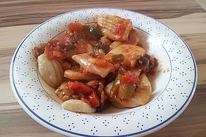 Gnocchi mit Auberginen - Paprika - Tomaten - Sauce 3