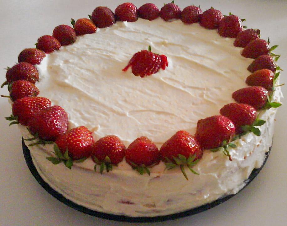 Erdbeer Mascarpone Biskuit Blitz Kuchen Von Koschka7