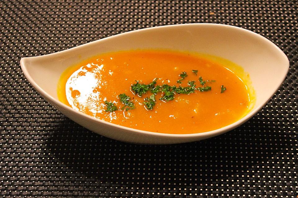 Möhren - Kürbis - Suppe - Ein schmackhaftes Rezept | Chefkoch