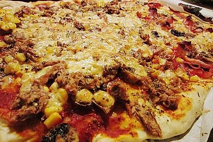 Pizza al pesto rosso 21