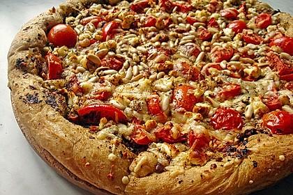 Pizza al pesto rosso 1