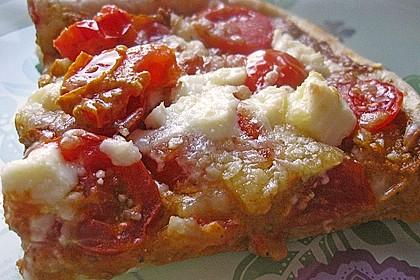 Pizza al pesto rosso 11