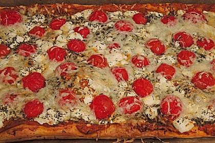 Pizza al pesto rosso 5