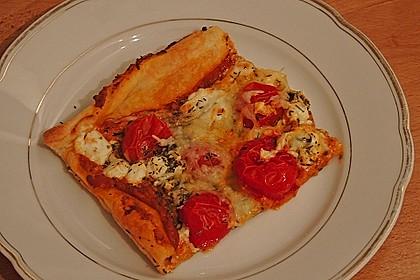 Pizza al pesto rosso 20