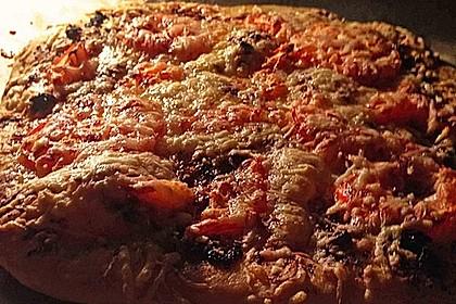 Pizza al pesto rosso 15
