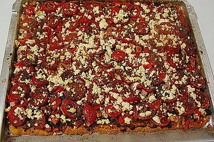 Pizza al pesto rosso 29