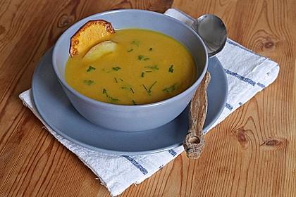 Süßkartoffel - Apfel - Suppe mit Curry