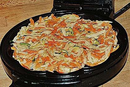 Kartoffelpuffer mit Zucchini und Karotten 3