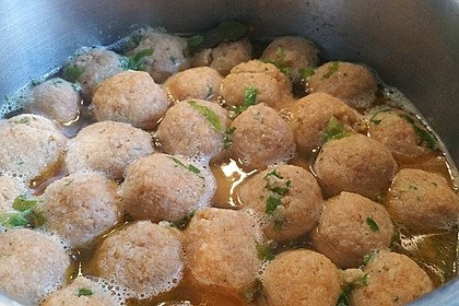 Bröselknödel Suppe 22