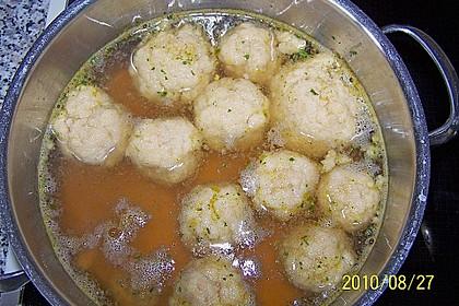 Bröselknödel Suppe 25