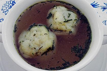 Bröselknödel Suppe 24