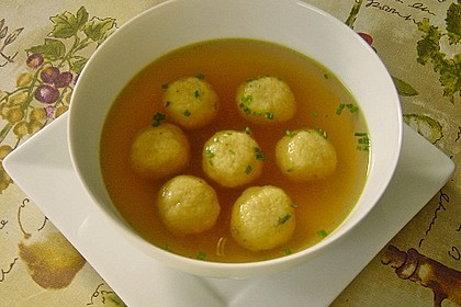 Bröselknödel Suppe 9