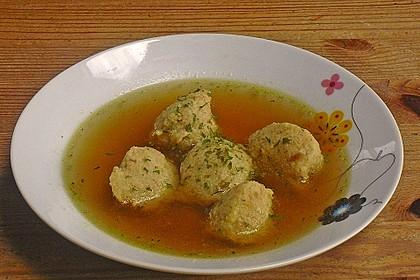 Bröselknödel Suppe 12
