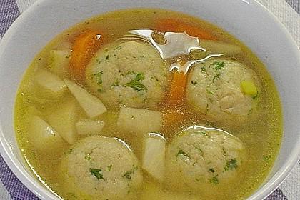 Bröselknödel Suppe 7
