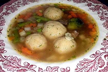 Bröselknödel Suppe 5