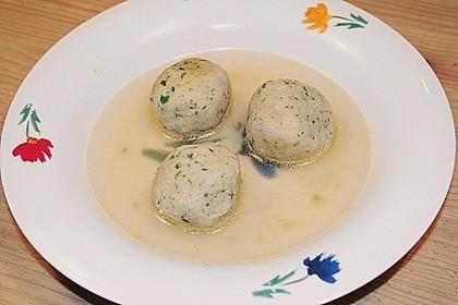 Bröselknödel Suppe 15