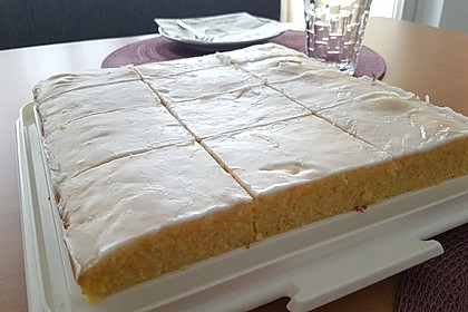 Zitronenkuchen (Bild)