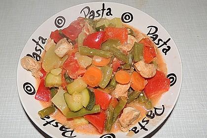 Gemüsegulasch mit Hühnerfleisch 2