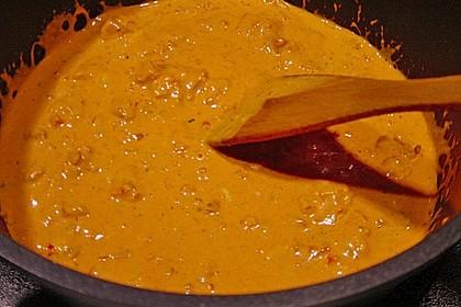 Garnelen in fruchtig, scharfer Sauce auf Nudeln 24