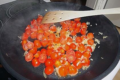 Garnelen in fruchtig, scharfer Sauce auf Nudeln 17