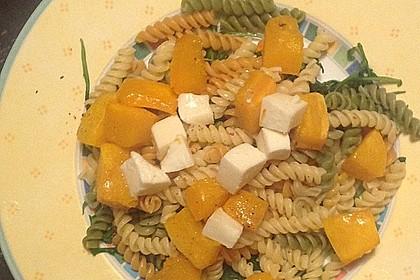 Pasta mit Kürbis, Rucola und Walnusspesto 2