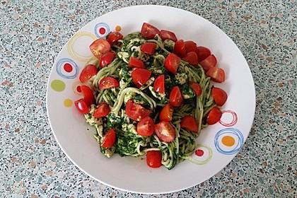 Nudeln mit Spinat-Puten-Sauce 6