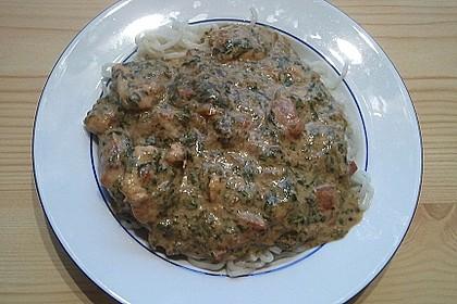 Nudeln mit Spinat-Puten-Sauce 7
