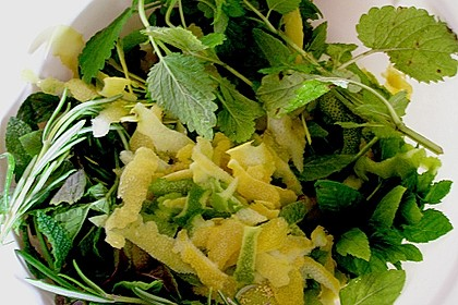 Zitronen - Sirup mit Pfefferminze und Zitronenmelisse 8