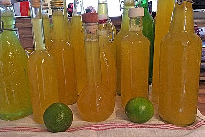 Zitronen - Sirup mit Pfefferminze und Zitronenmelisse 6