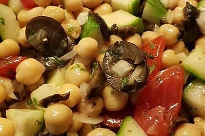 Kichererbsen-Oliven-Salat 22