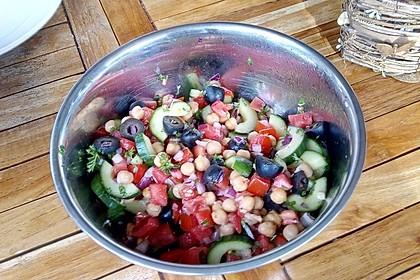 Kichererbsen-Oliven-Salat 24