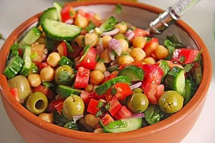 Kichererbsen-Oliven-Salat 1