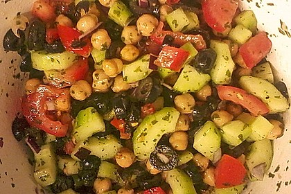 Kichererbsen-Oliven-Salat 19