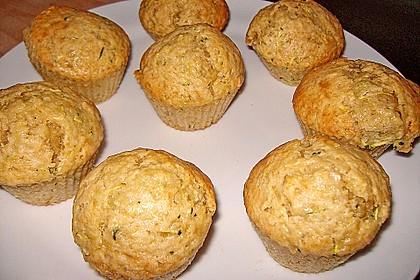 Zucchini Muffins mit saurer Sahne 15