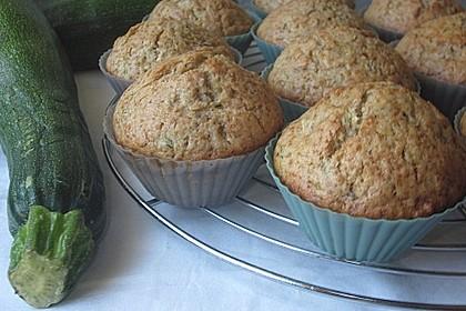 Zucchini Muffins mit saurer Sahne 3