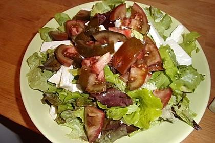 Tomatensalat mit Schaf- oder Ziegenkäse 1