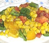 Bunter Mais - Paprika - Salat (Bild)