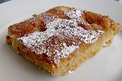 Rhabarber - Blechkuchen  mit Zimtzucker - Streuseln und Milchguss 2