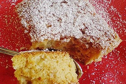 Rhabarber - Blechkuchen  mit Zimtzucker - Streuseln und Milchguss 1
