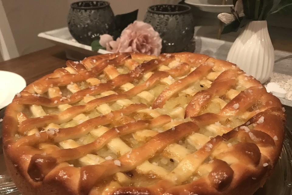Apfelkuchen Aus Hefeteig Mit Gittern Von Juventas Chefkoch De