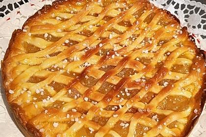 Apfelkuchen aus Hefeteig mit Gittern 7