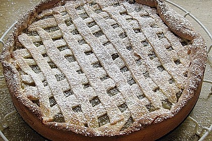 Apfelkuchen aus Hefeteig mit Gittern 18