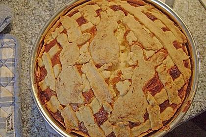 Apfelkuchen aus Hefeteig mit Gittern 31