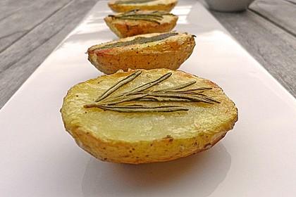 Ofenkartoffeln mit frischen Kräutern 5
