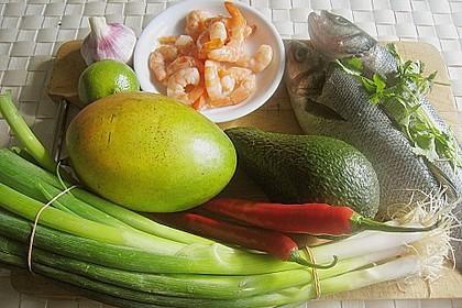 Wolfsbarschfilets auf Garnelen - Avocado - Mango - Salsa 11