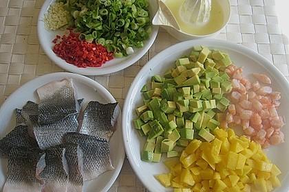 Wolfsbarschfilets auf Garnelen - Avocado - Mango - Salsa 8