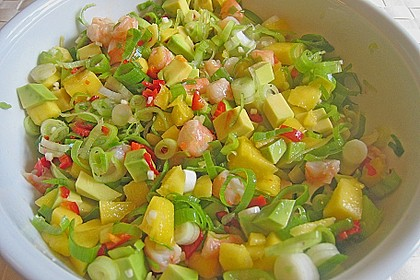 Wolfsbarschfilets auf Garnelen - Avocado - Mango - Salsa 4