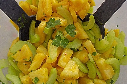 Ananas - Gurken - Salat 1
