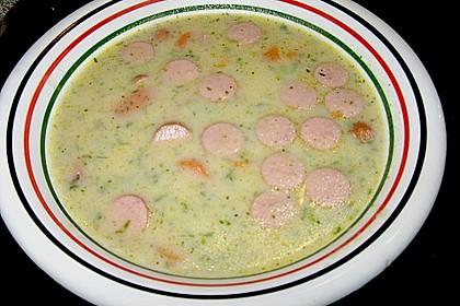Cremige, aber diättaugliche Kartoffelsuppe mit Thymian und Käse 32